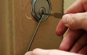 Door locks Sanderstead